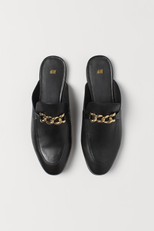 Leather mule loafersModel