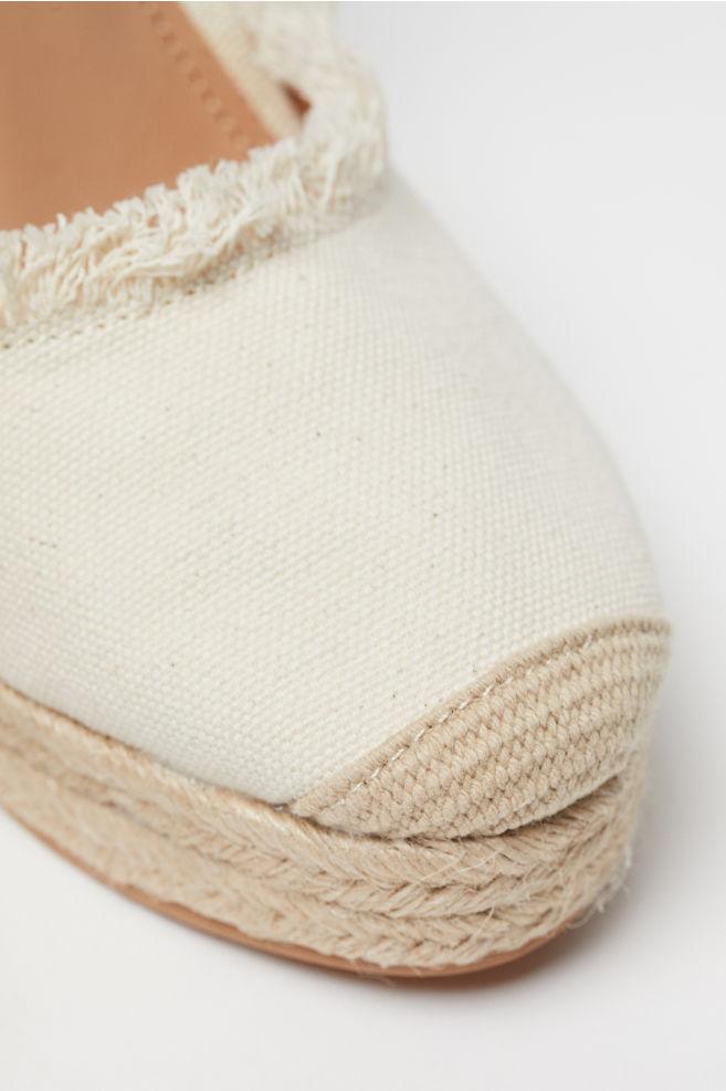 e209f6332 Wedge-heel Platform Sandals - Light beige - Ladies | H&M ...