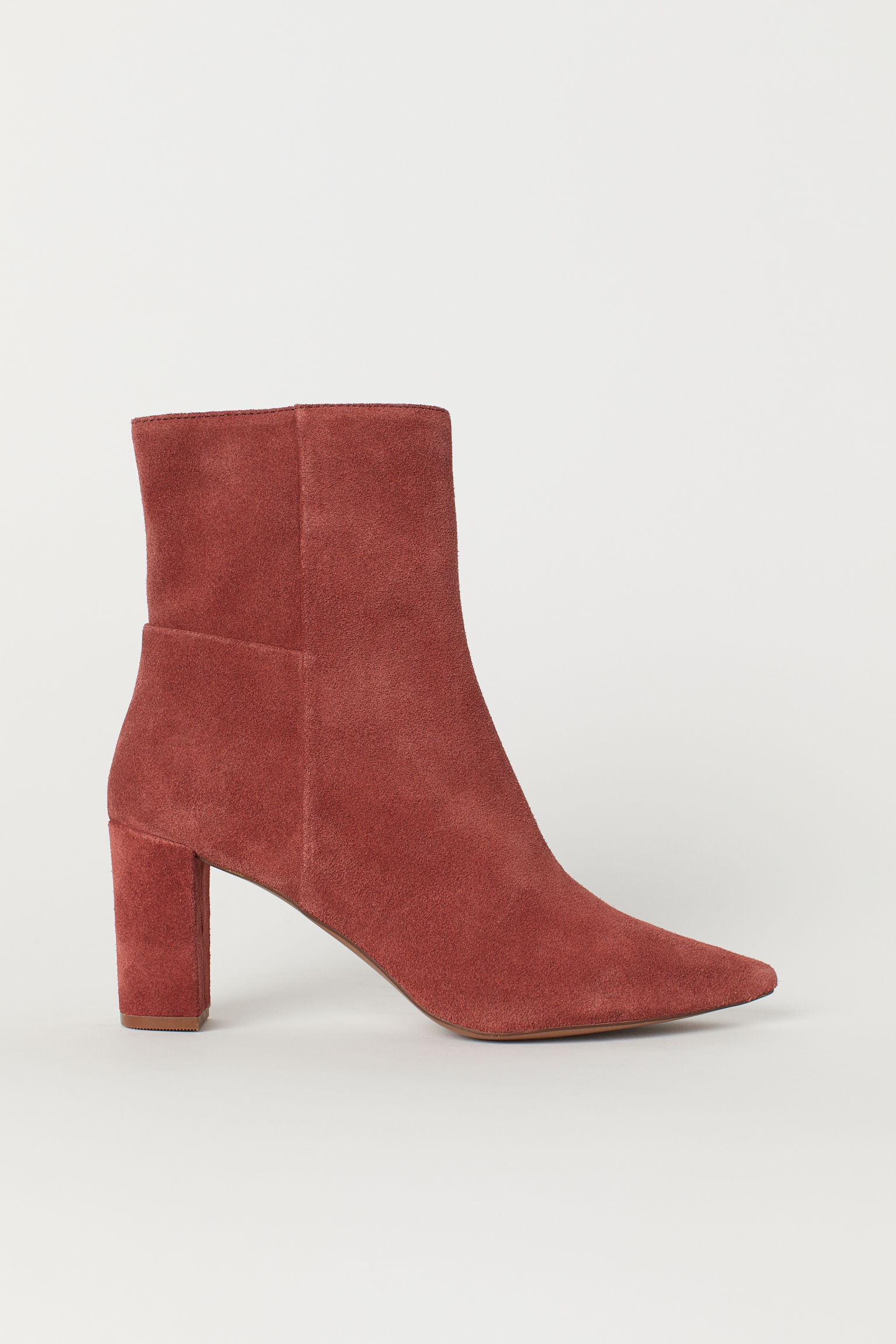 383dce9e69a Block-heeled Ankle Boots
