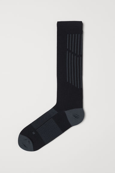 Knee-high sports socks - Black - Men | H&M