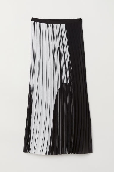 Pleated wrapover skirt - Black/White patterned -  | H&M