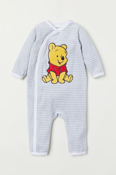 Velour all-in-one pyjamas - Light grey/Winnie the Pooh - Kids | H&M CN