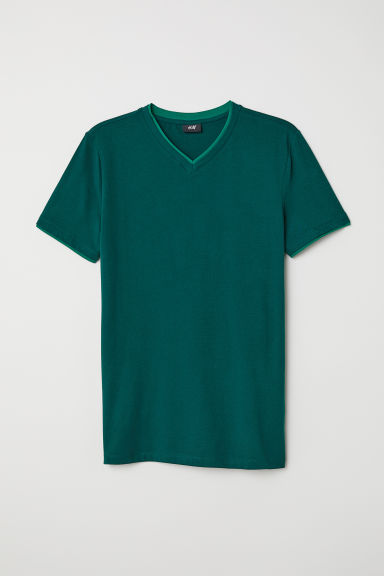 V-neck T-shirt Muscle Fit - Dark green - Men | H&M CN