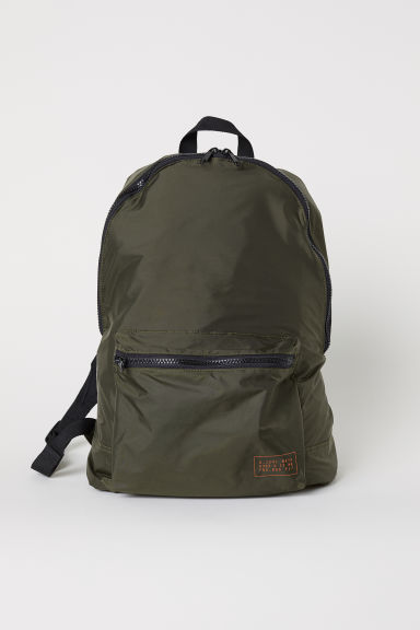 Foldaway backpack - Dark green - Men | H&M