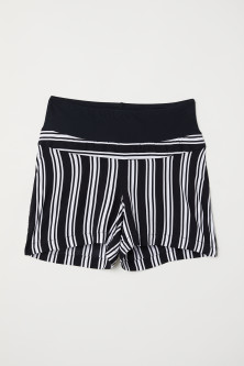 MAMA Patterned shortsModal