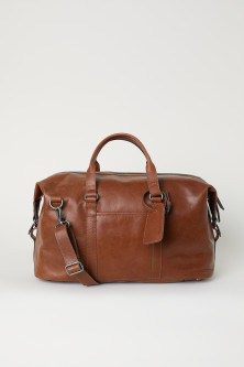 Leather weekend bagModel