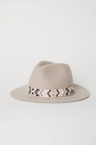 Felt hat in wool - Beige -  | H&M