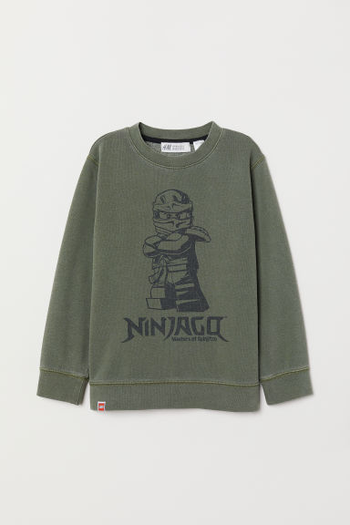 Sweatshirt with a motif - Khaki green/Ninjago - Kids | H&M