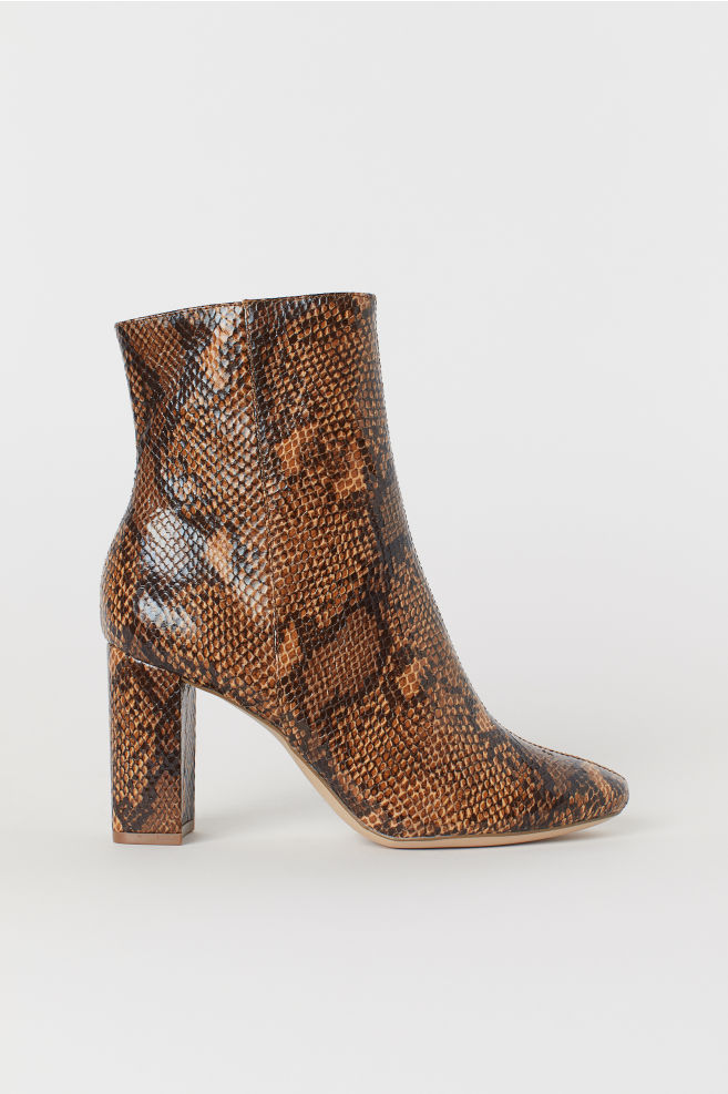 950c0b94945 Snakeskin-patterned boots