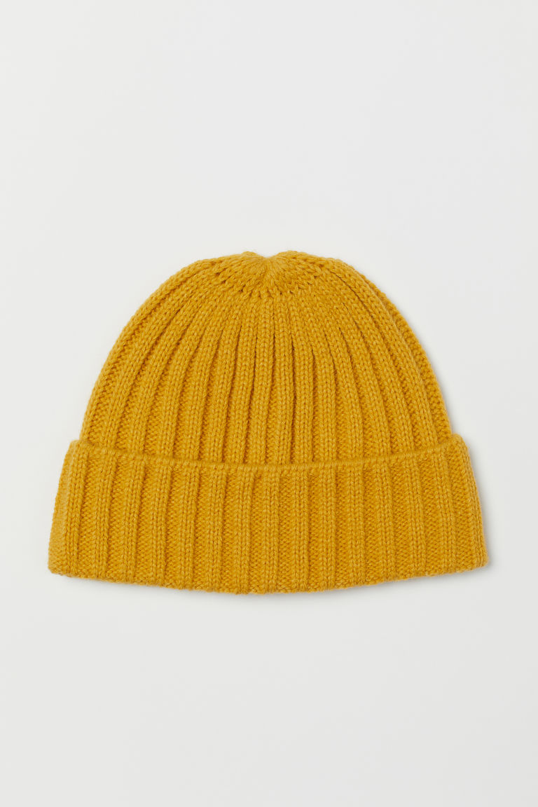 Knitted hat - Yellow -  | H&M