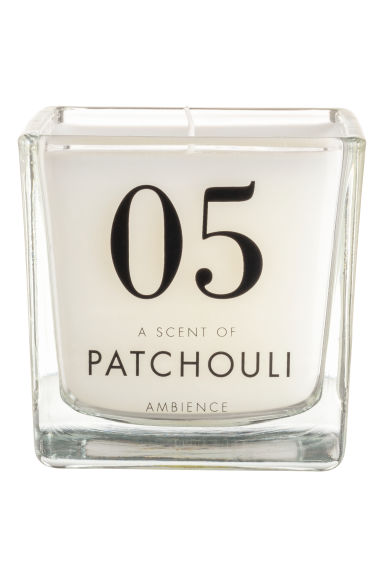 Scented candle in glass holder - White/Patchouli -  | H&M GB