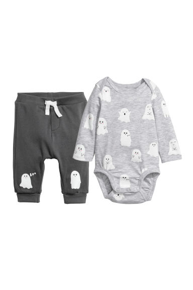 Cotton Bodysuit and Pants - Light gray/ghosts - Kids | H&M CA