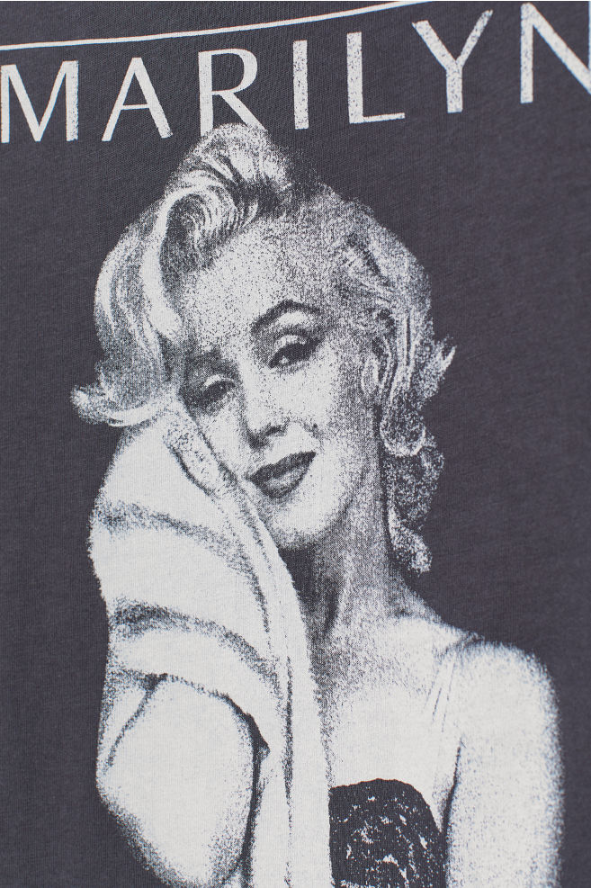 4afeab5bf5ee ... T-shirt with a motif - Dark grey/Marilyn Monroe - Ladies | H&M