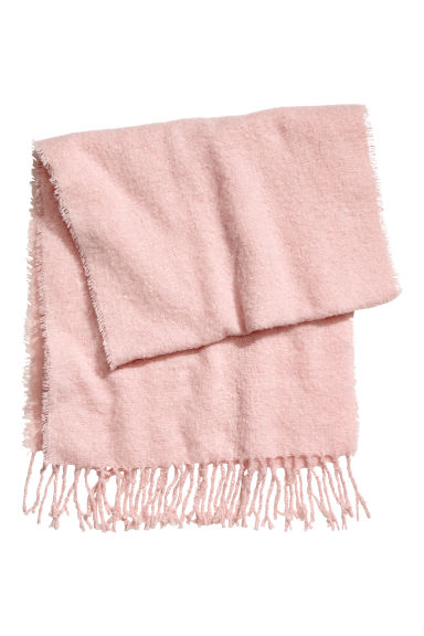 Fluffy scarf - Pink -  | H&M IE