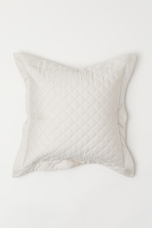 Quilted Cushion CoverModel