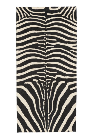 Zebra-patterned rug - Black/Zebra-patterned - Home All | H&M GB
