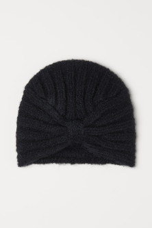Knitted turbanModel