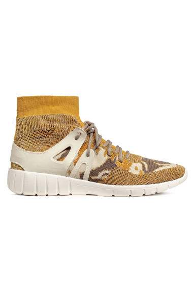 Fully-fashioned hi-tops - Yellow - Men | H&M