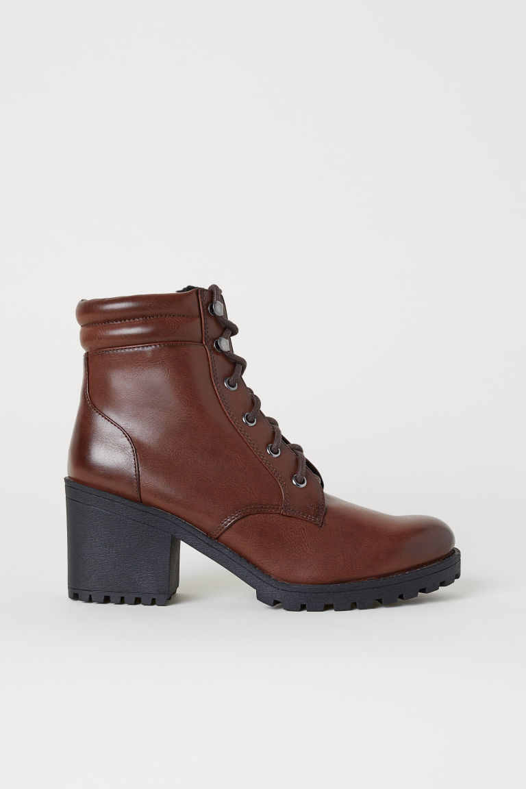 Chunky-sole boots - Dark brown/Pile-lined - Ladies | H&M
