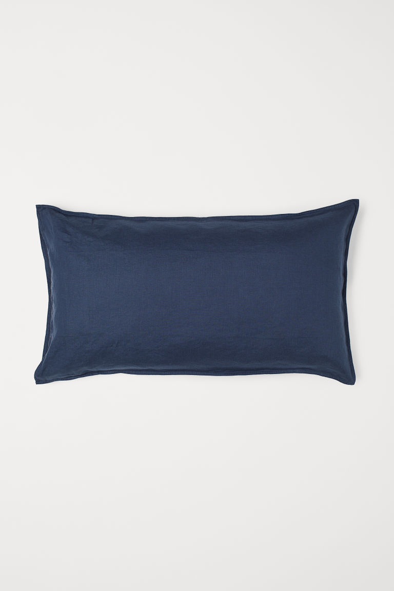 Washed linen pillowcase - Dark blue - Home All | H&M GB