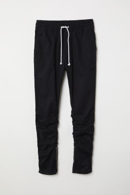 761de25c2ea2 Joggers - Shop Men s clothing online   H M US