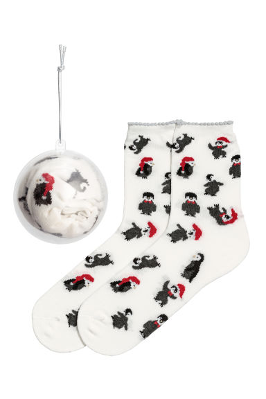 Socks in a bauble - White/Penguin - Ladies | H&M