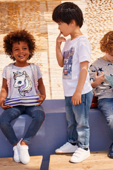 d152c41ba Kids & Baby Clothing - Shop online or in-store | H&M US