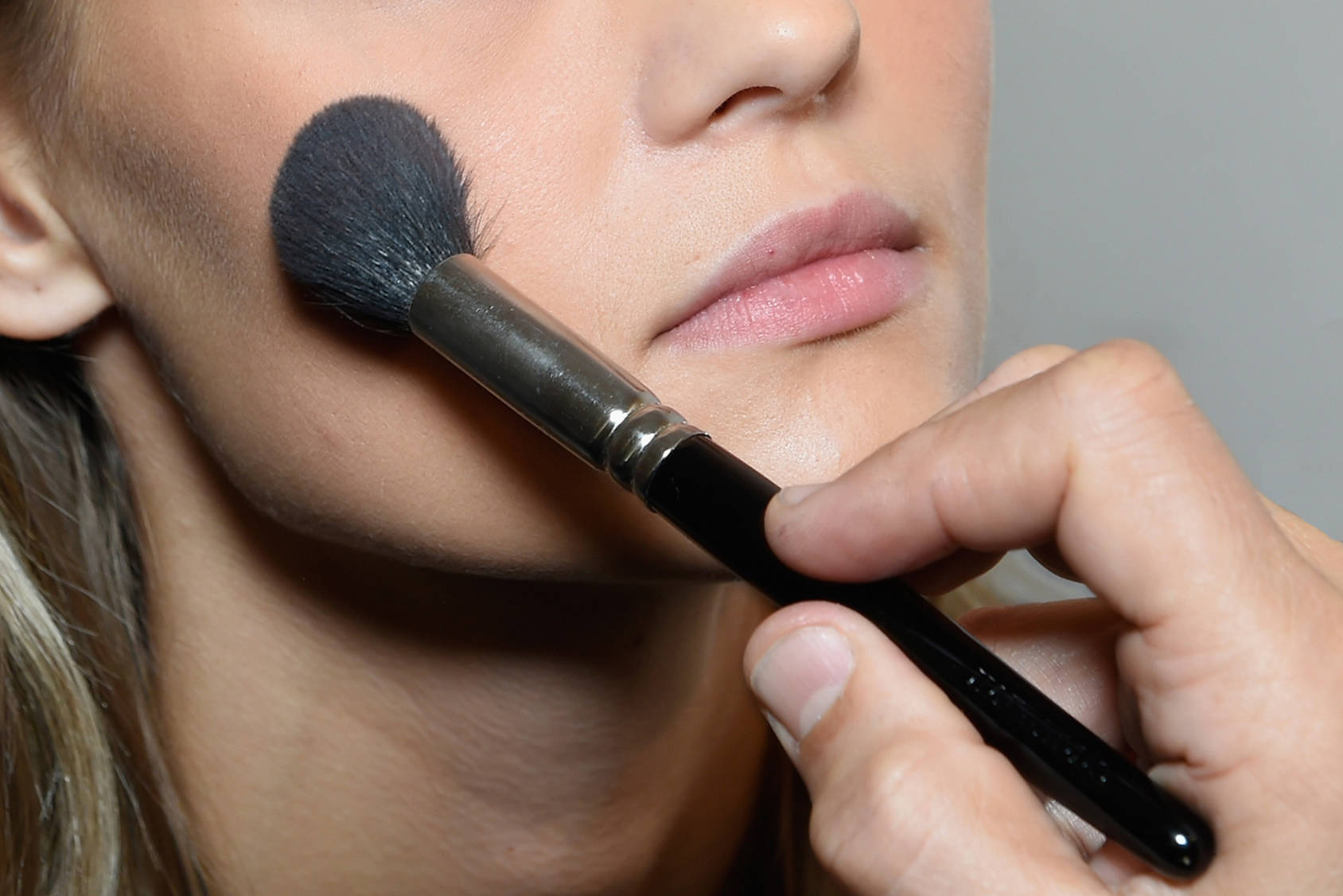 Manage oily skin with the right skincare products and makeup, Getty Images.