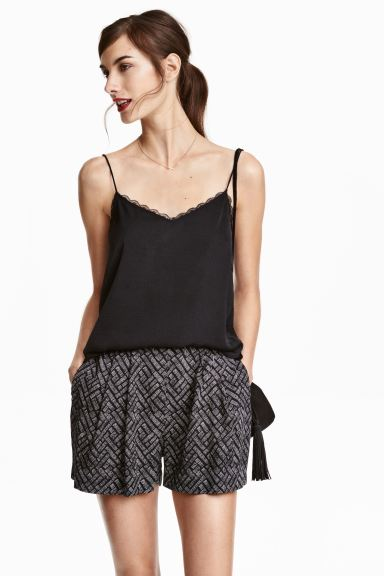 Wide shorts - Black/Patterned - Ladies | H&M GB
