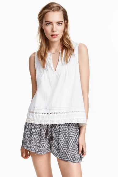 Short shorts - White/Patterned - Ladies | H&M GB