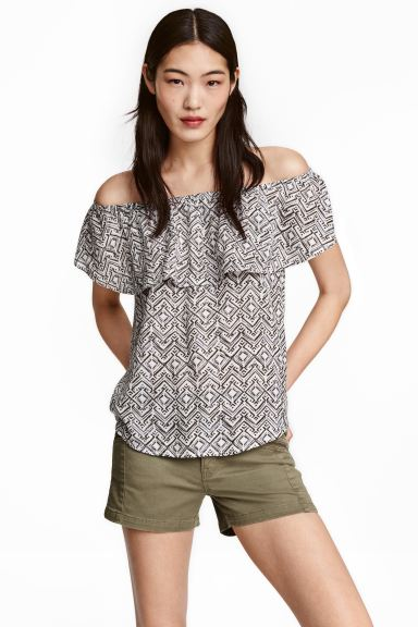 Off-the-shoulder blouse - Natural white/Patterned - Ladies | H&M GB