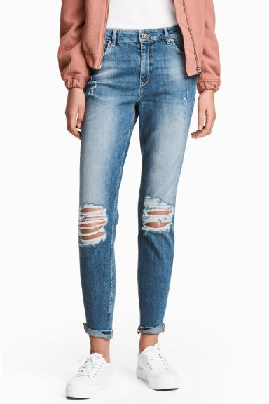 Boyfriend Slim Low Jeans - Niebieski denim trashed - ONA | H&M PL