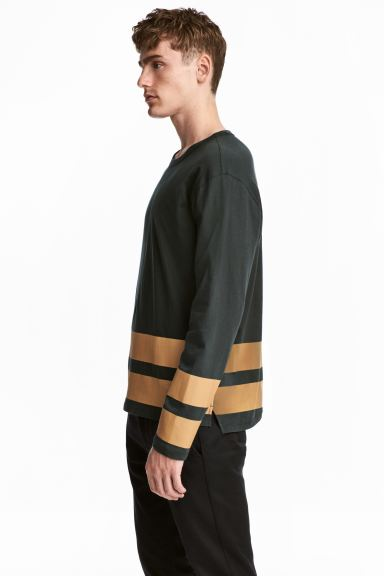 長袖圖案T恤 - Dark green - Men | H&M
