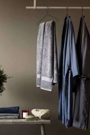Bademantel aus Leinen - Dunkelblau - Home All | H&M AT