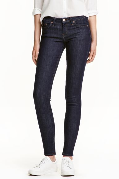 Super Skinny Low Jeans - Dunkles Denimblau/Raw - Ladies | H&M DE