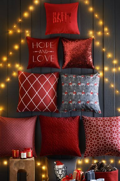 Jacquard-weave cushion cover - Red/Patterned - Home All | H&M GB