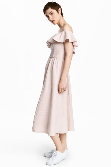 Off-the-shoulder dress - Powder pink - Ladies | H&M GB