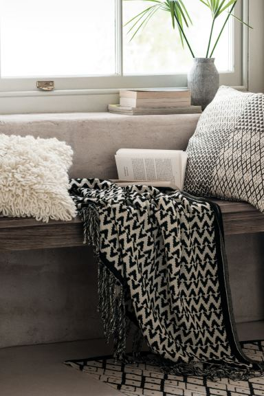 Jacquard-weave blanket - Anthracite grey/Natural white - Home All | H&M GB