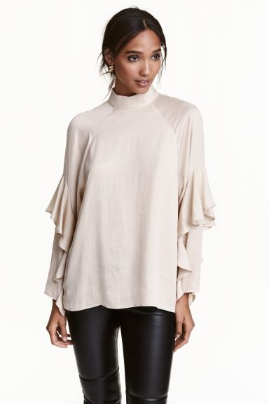 Blouse with frills - Light beige - Ladies | H&M GB