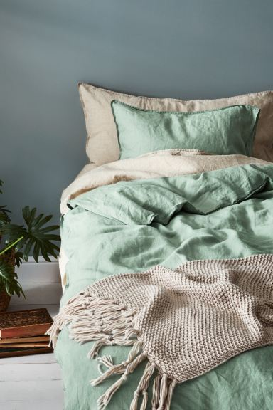 Washed Linen Duvet Cover Set - Dusky green - Home All | H&M CA