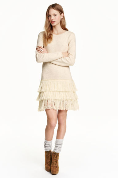 Knitted dress with fringes - Powder - Ladies | H&M GB