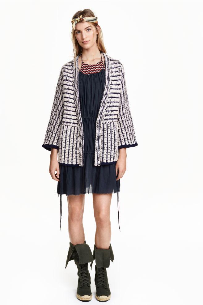46af3cf2e1 Kötött kardigán - Sötétkék/fehér mintás - NŐI | H&M ...