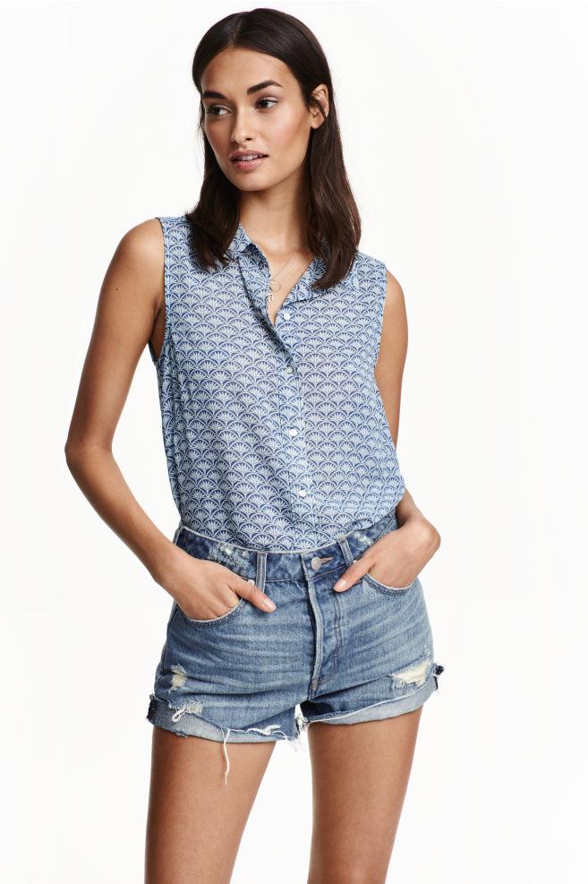 89fd5663eb25a1 Sleeveless chiffon blouse - Blue/Patterned - Ladies | H&M ...
