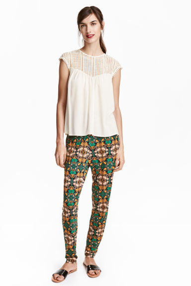 Jersey trousers Loose fit - Black/Green - Ladies | H&M GB