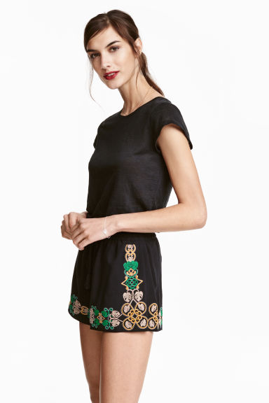Embroidered shorts - Black - Ladies | H&M GB
