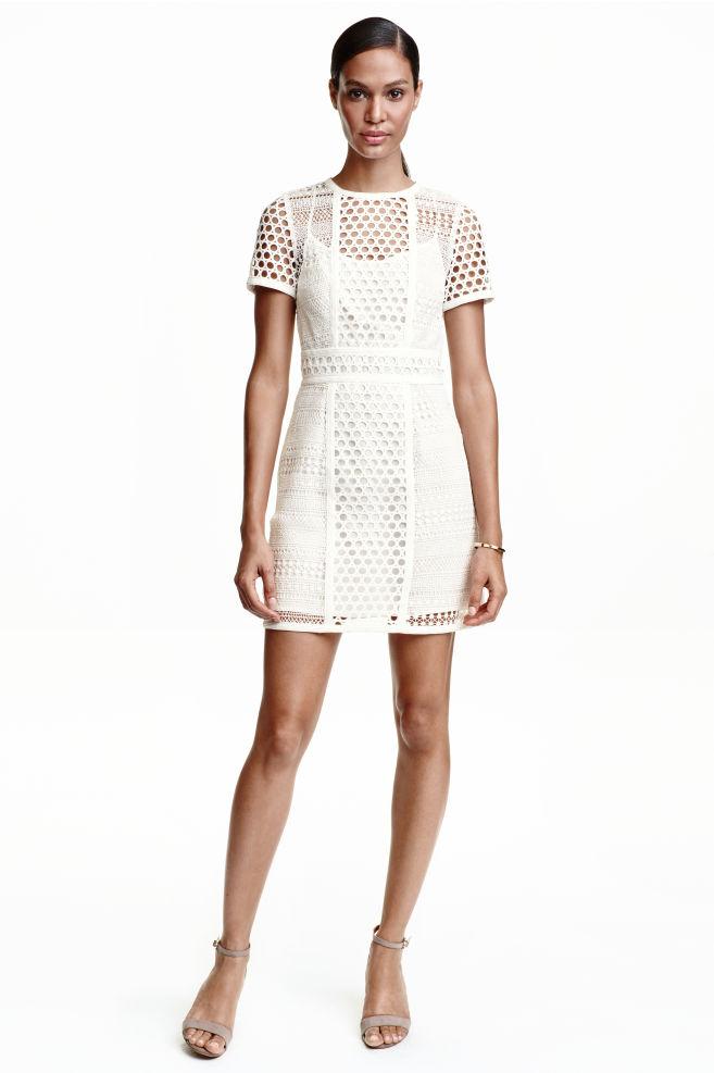 49e96fea32d8183 Короткое кружевное платье - Белый - Женщины | H&M ...