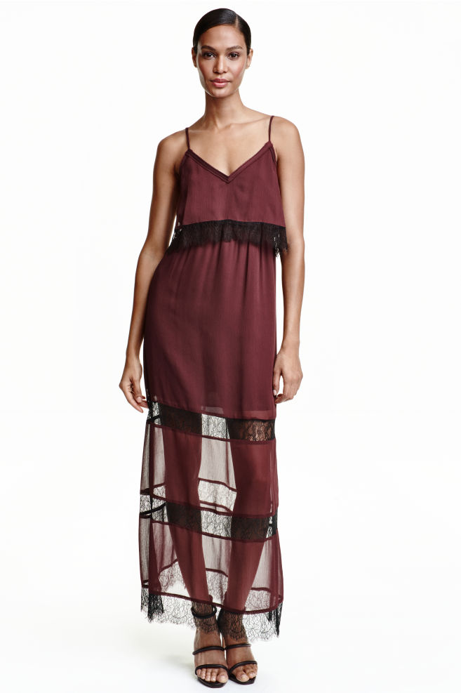 b4ec50f674bc4 Chiffon dress with lace - Burgundy - Ladies | H&M ...
