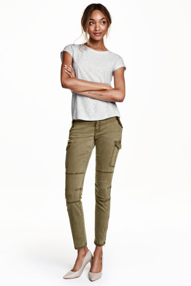 Cargo pants in a lyocell blend - Khaki green - Ladies | H&M CN