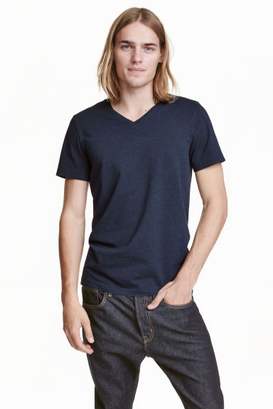 V-neck T-shirt Slim fit - Dark blue - Men | H&M IE