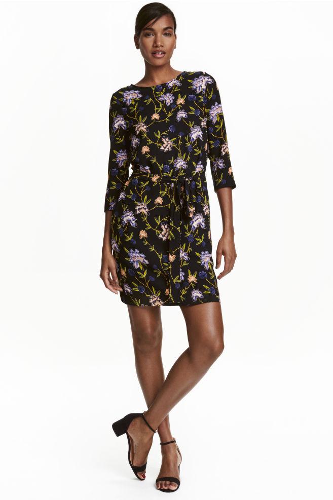 70b1ee7e1641 Short dress - Black/Floral - Ladies | H&M ...